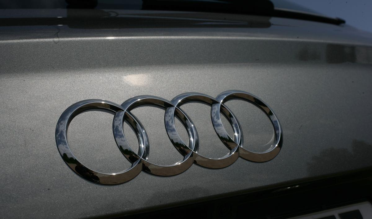 В РФ  отзывают 14000 авто  Ауди  и5000 машин «Лада»