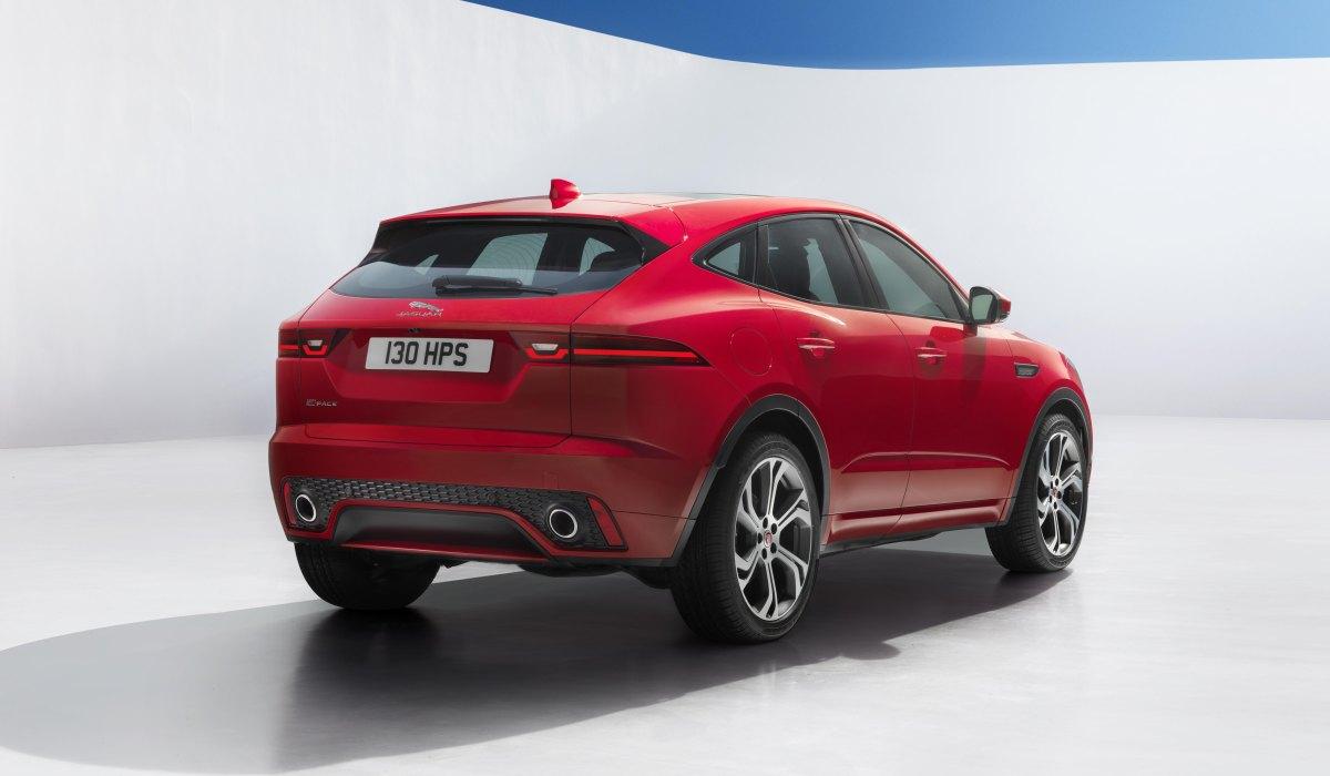 Jaguar официально представил новый E-Pace