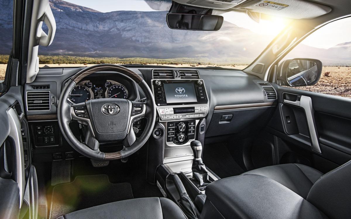 Улучшенный Тойота Land Cruiser Prado появился впродаже в Российской Федерации