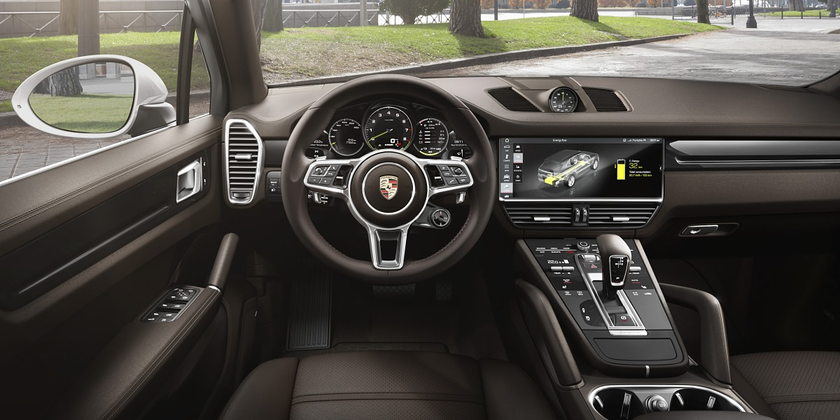Порше продемонстрировал новый гибридный кроссовер Cayenne E-Hybrid