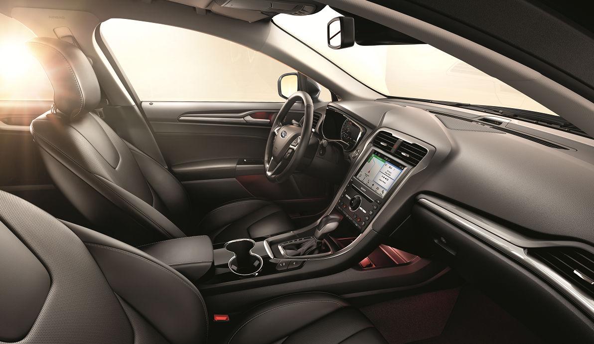 Ford Mondeo получил новую комплектацию