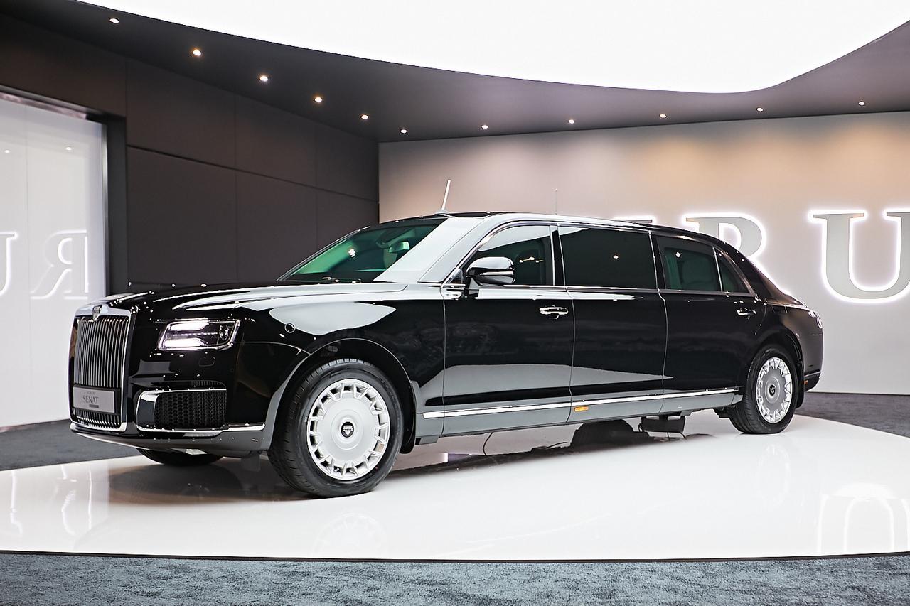 НаМосковском автомобильном салоне представят русский лимузин Aurus— огромная премьера