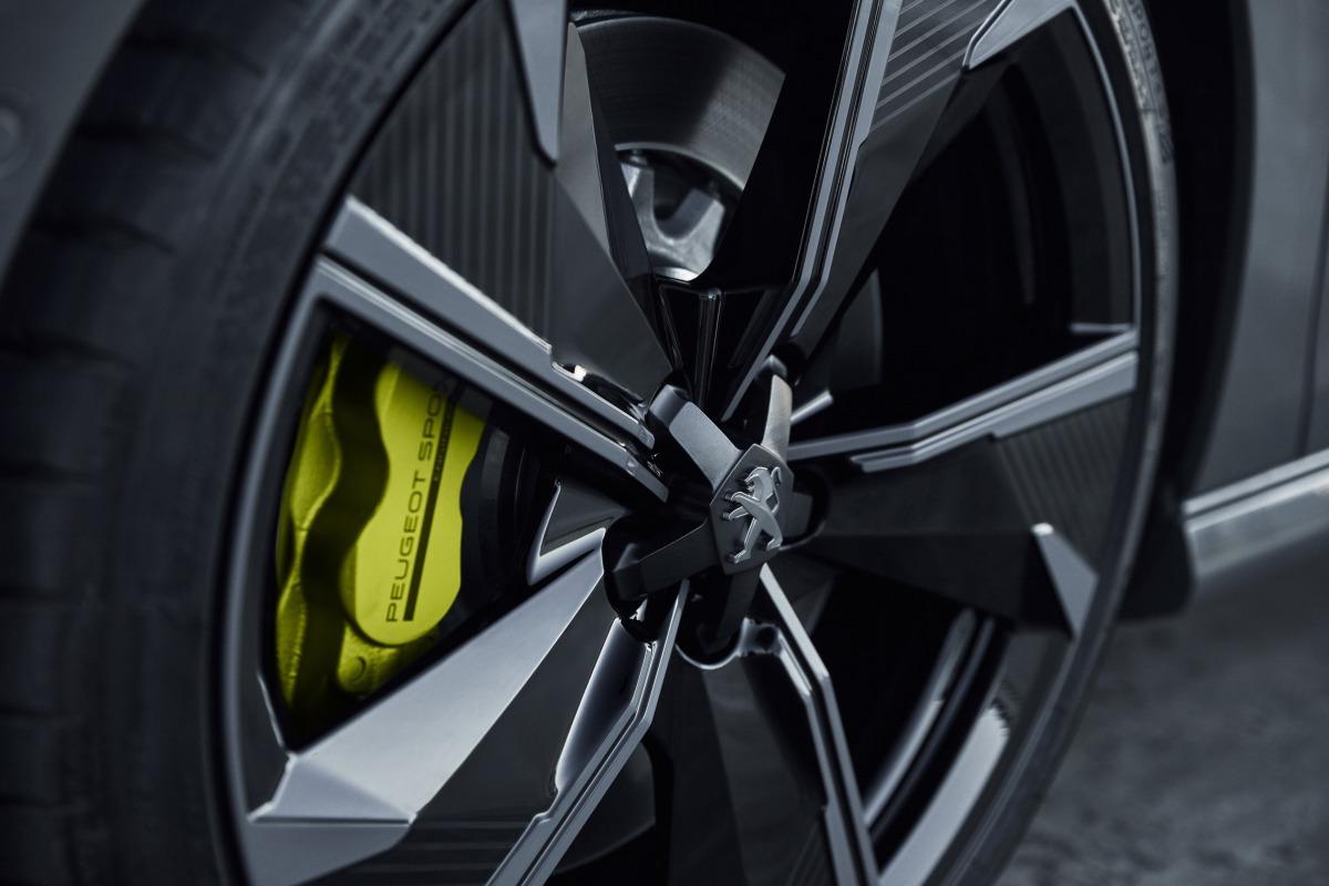 Пежо  покажет вЖеневе «заряженный» гибрид 508 Hybrid R
