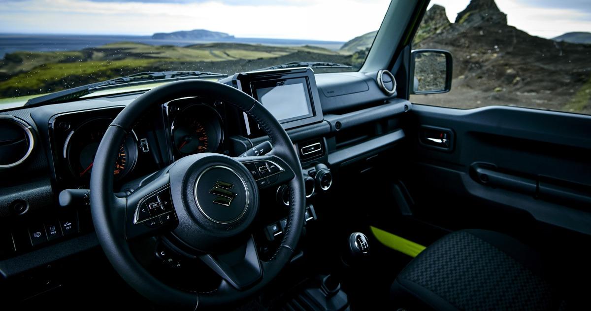 Suzuki раскрыл комплектации нового Jimny для российского рынка