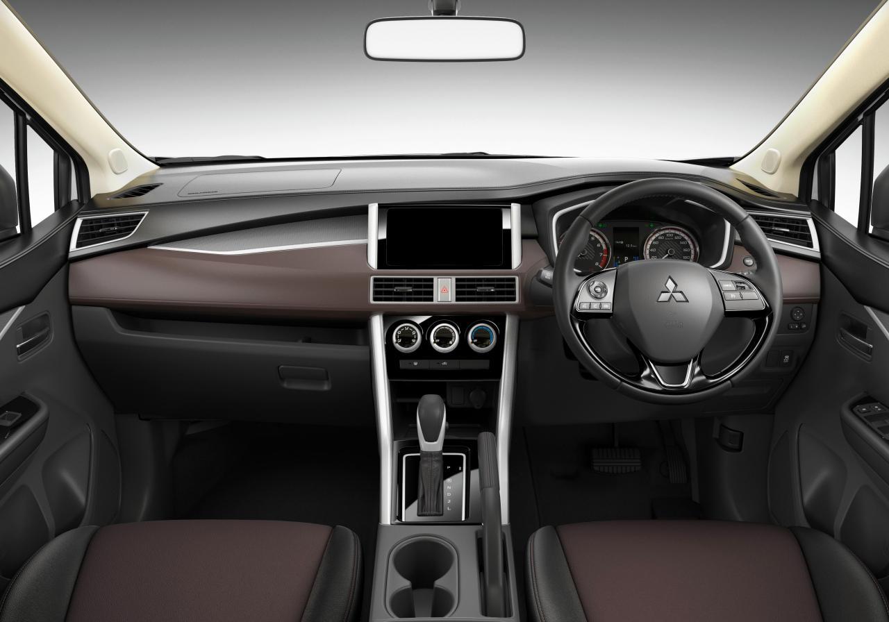 Mitsubishi показал внедорожную версию Xpander