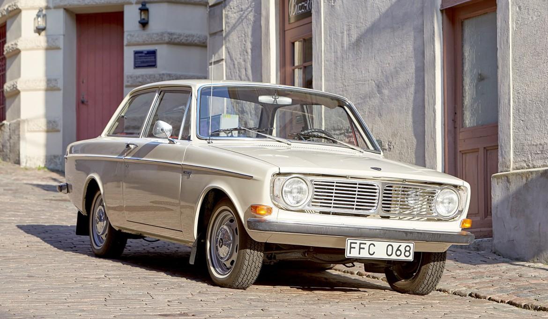 Volvo отмечает юбилей своего первого автомобиля-миллионника