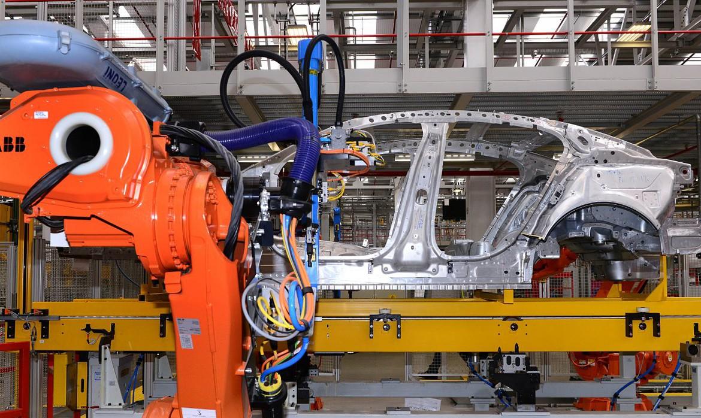 Ягуар Лэнд Ровер расширяет моторную гамму семейства Ingenium