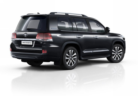 Новые спецверсии Toyota Land Cruiser 200 доступны для заказа в России