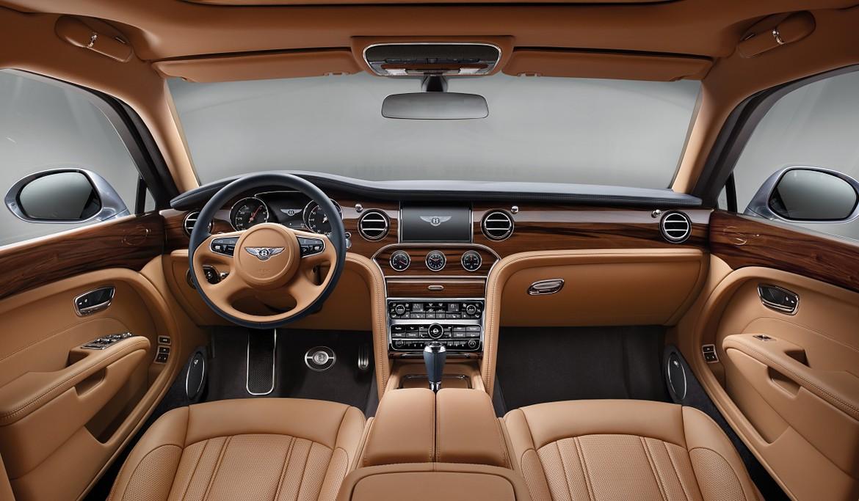 В РФ стартуют продажи улучшенного седана Бентли Mulsanne