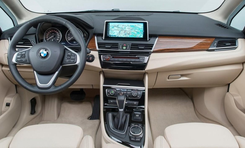 BMW Active Tourer получил российский ценник