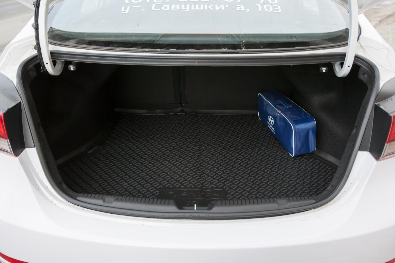 объем багажника hyundai avante седан