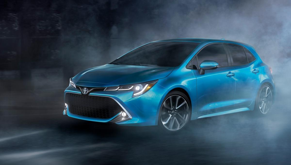 Тойота показала новый хэтчбек Corolla