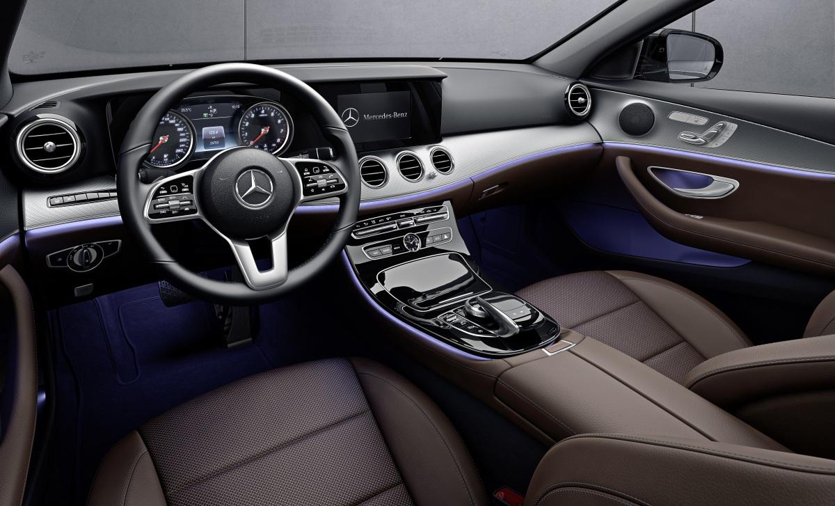 Представлены новые «заряженные» седан иуниверсал Mercedes-AMG E53